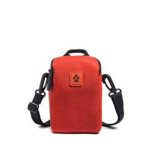 Crumpler Triple A 200 Camera pouch red