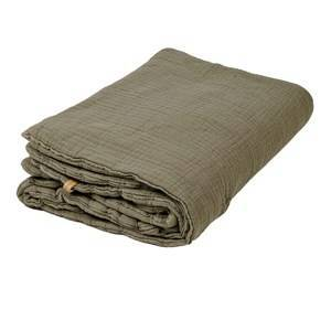 garbo&friends; Geranium Filled Muslin Blanket