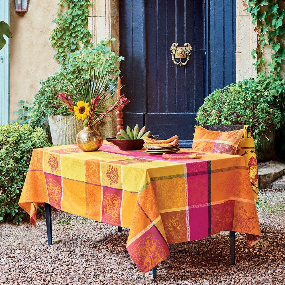 Garnier Thiebaut Nappe carrée  pur coton  155x155