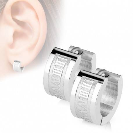 UrbanBijoux Paire de boucles d'oreilles homme acier inox chiffres romains gravés
