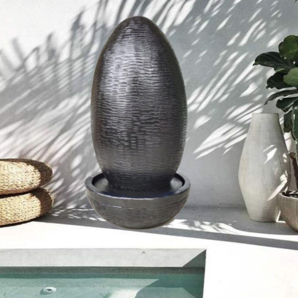 Wanda Collection Fontaine de jardin forme oeuf 125 cm noire