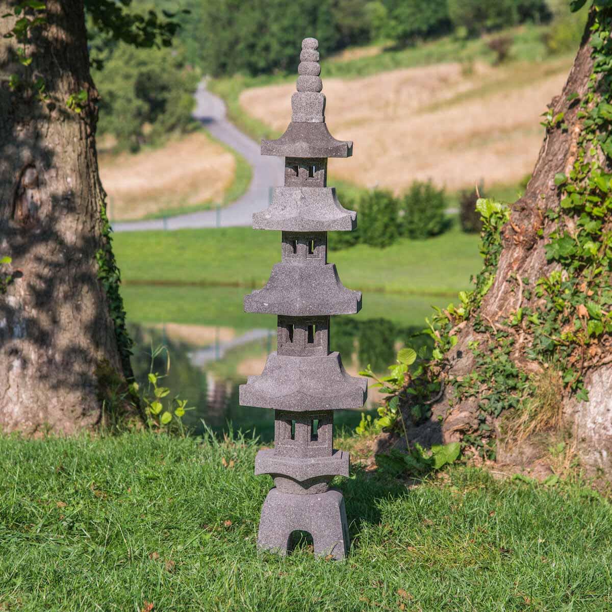 Wanda Collection Lanterne japonaise pagode en pierre de lave 1.30 m