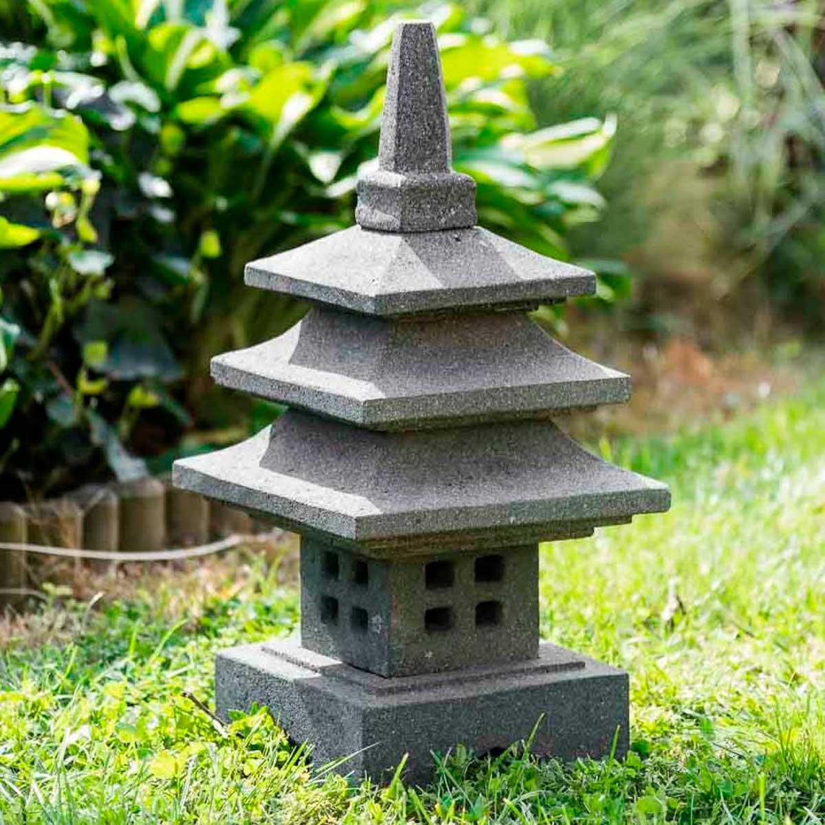 Wanda Collection Lampe japonaise en pierre de lave 50cm déco zen