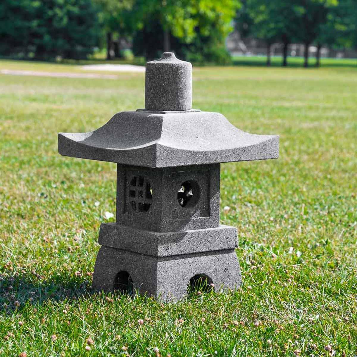 Wanda Collection Lanterne de jardin japonais en pierre de lave 55cm