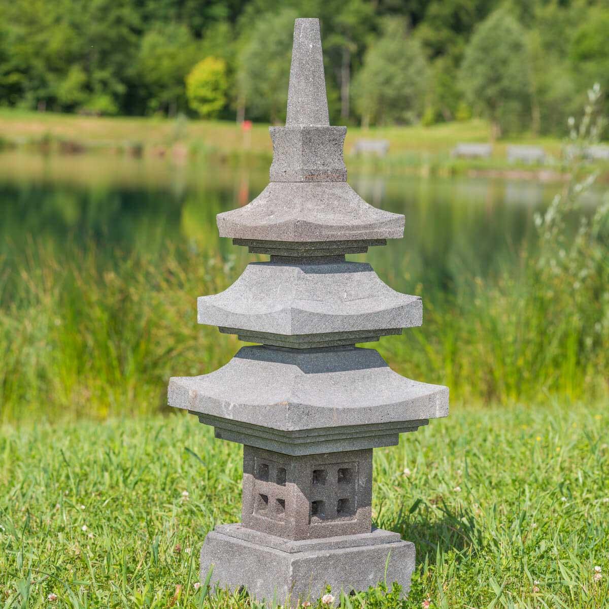 Wanda Collection Lanterne japonaise pagode en pierre de lave 90 cm