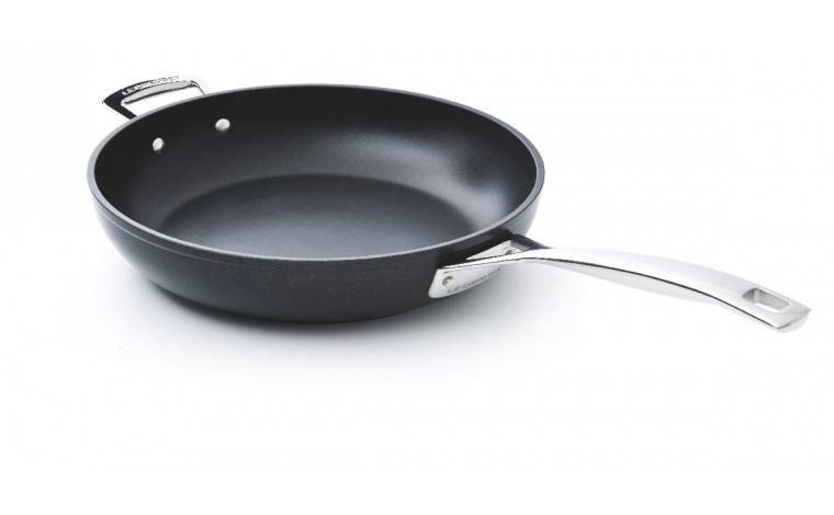 Le Creuset Sauteuse anti-adhésive 24 cm induction Le Creuset - Les Forgées