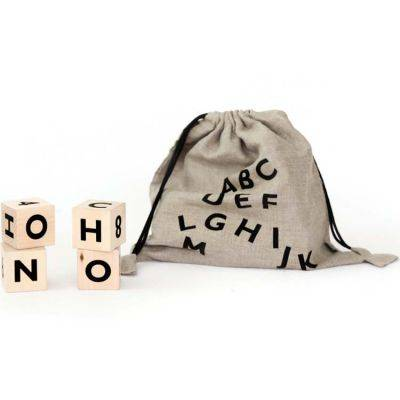 Cubes en bois Alphabet noir