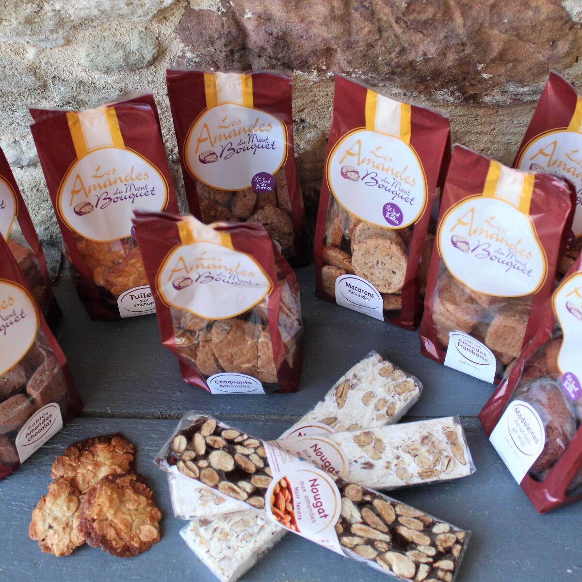 Les amandes et olives du Mont Bouquet Panier Biscuits et Nougats 100 % Amandes et Faits Maison
