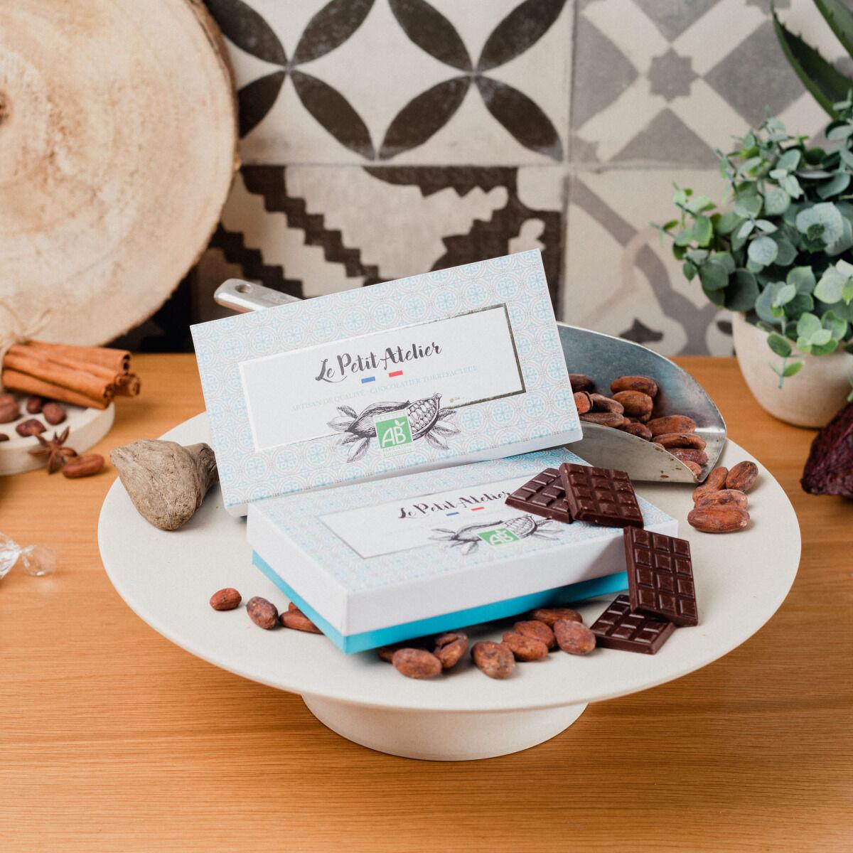 Le Petit Atelier Boîte De Mini Tablette Au Chocolat Noir Et Lait Bio