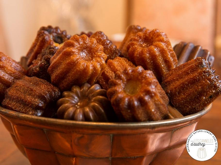 Les Cannelés d'Audrey Maxi Boîte Découverte des  cannelés Trad, Pépites de chocolat, Grenadine, Rhum - sans gluten