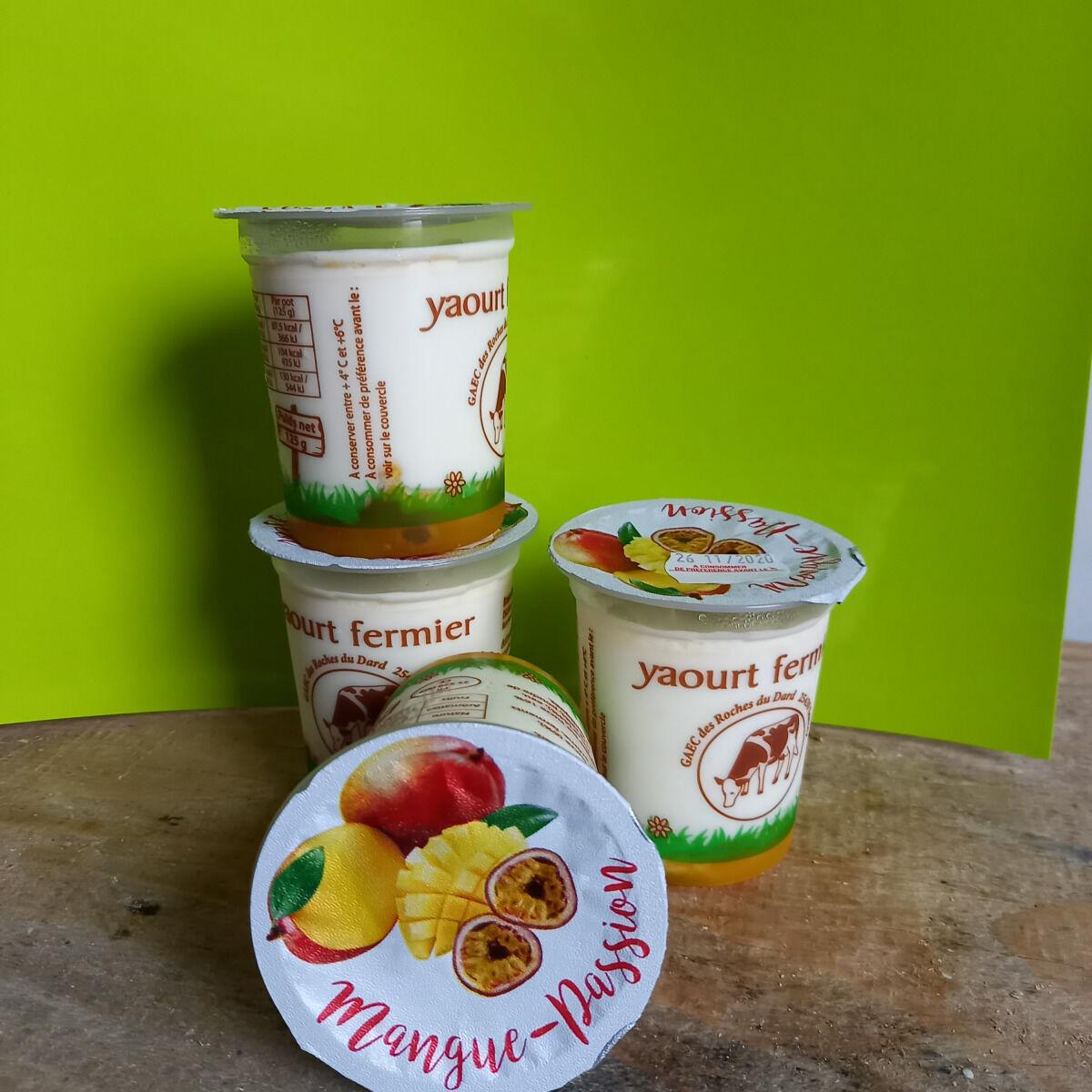 Ferme Chambon Yaourts Au Lait Cru Et Aux Fruits (mangue-passion) X4