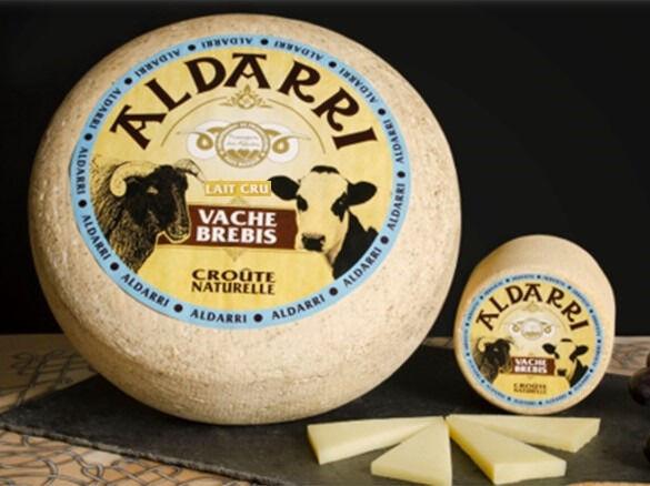 La Fromagerie des Aldudes Tome Mixte Au Lait Cru De Brebis Manech et de Vache du Pays Basque