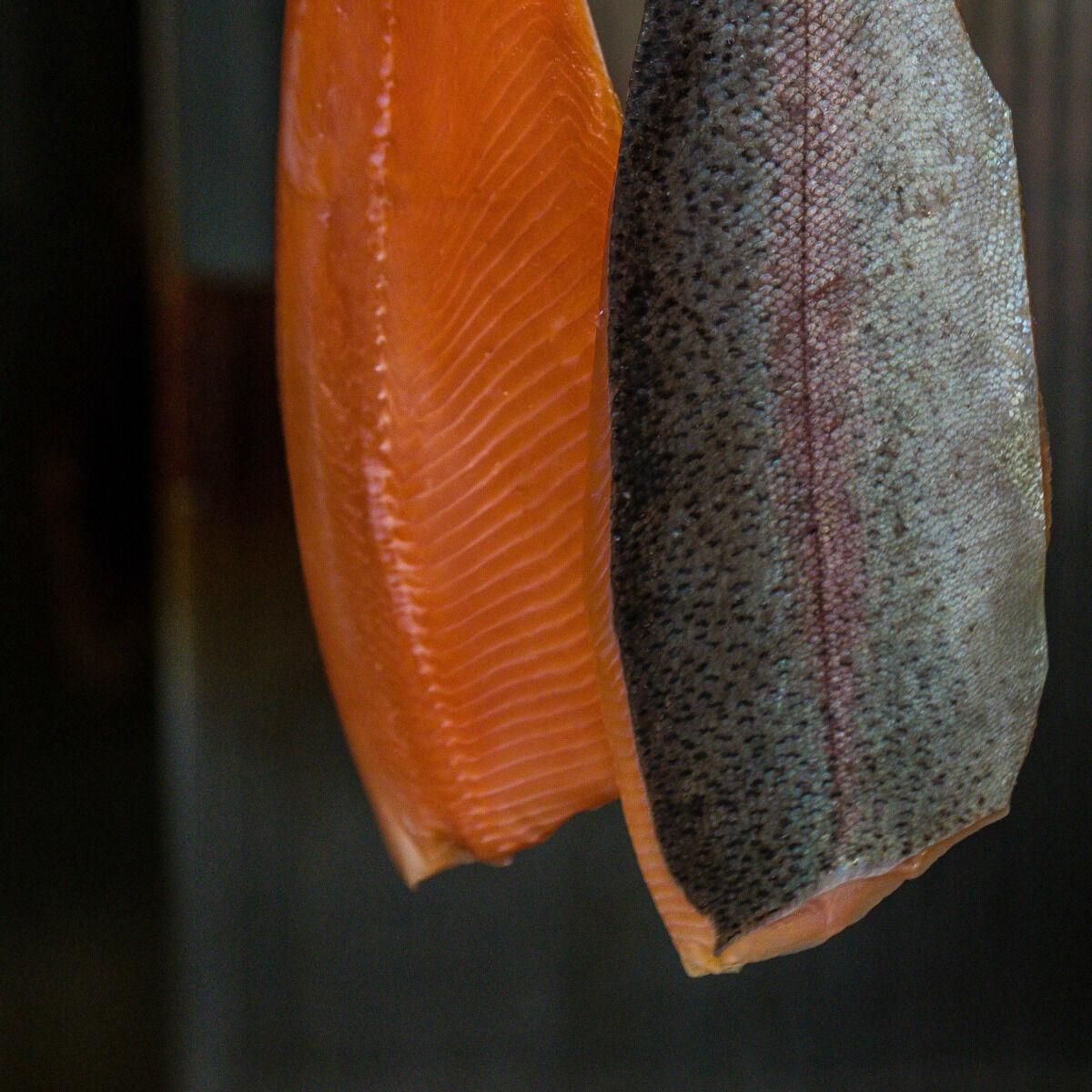Pisciculture des eaux de l'Inval Filet De Truite Fumée À La Ficelle
