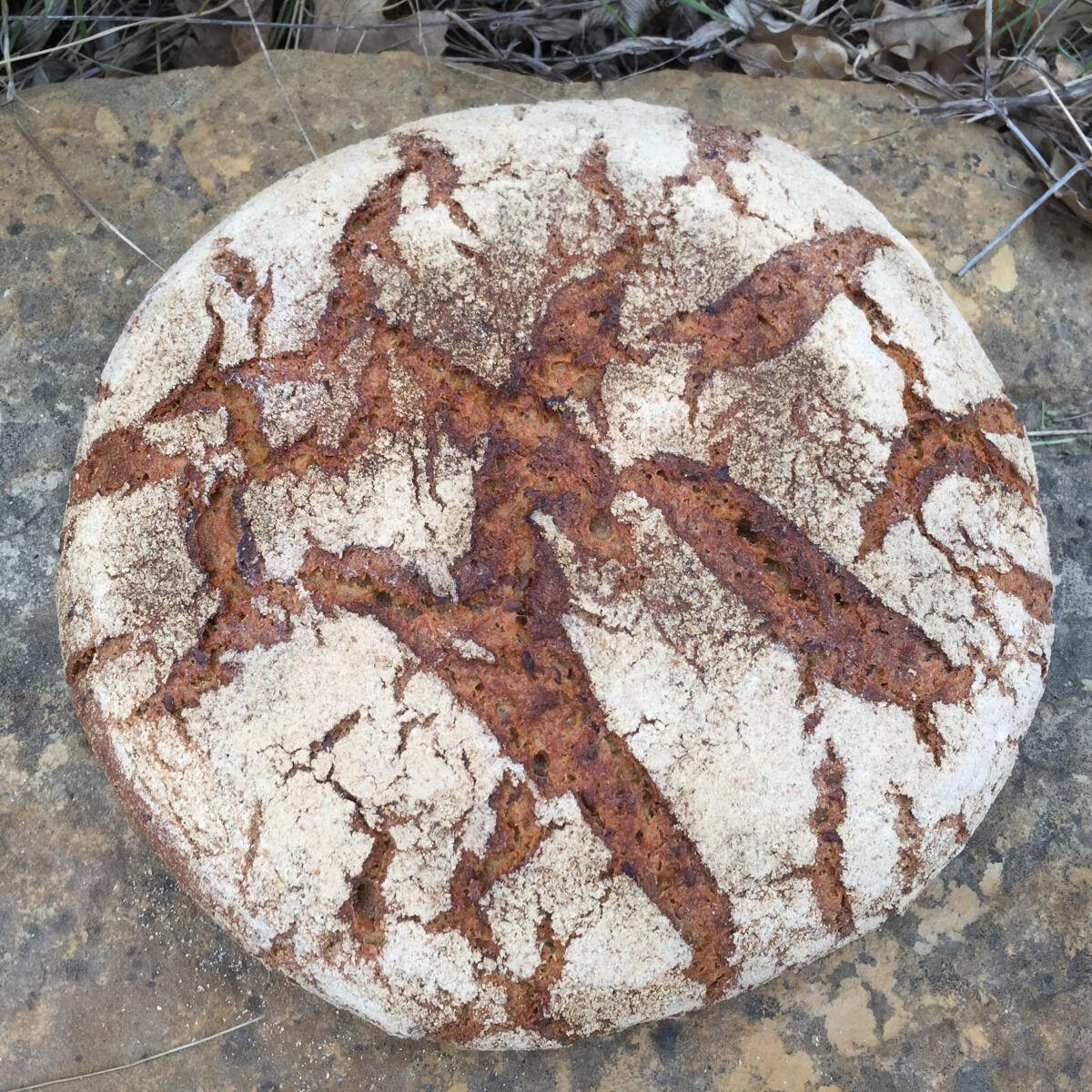 Depuis des Lustres - Comptoir Corse la Bure du Prêcheur - petit épeautre et graines de lin - pain d'exception