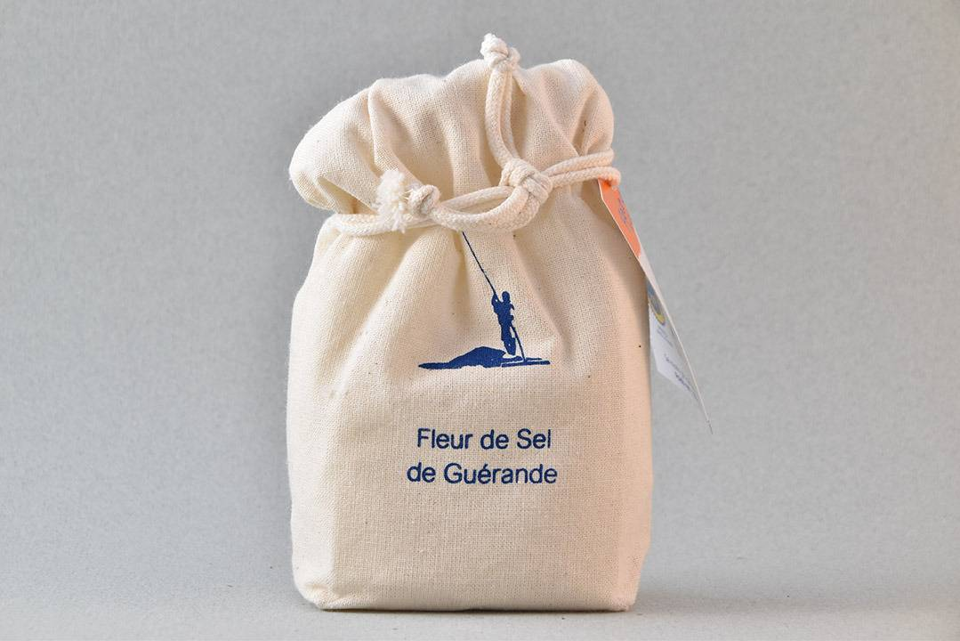 Artisans du Sel Fleur de Sel de Guérande en Sachet Tissus 150g
