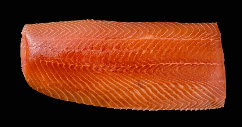 Fumaison Occitane Filet de Saumon Fumé À Froid En Pavé (1 Kg, 10/12 Portions)