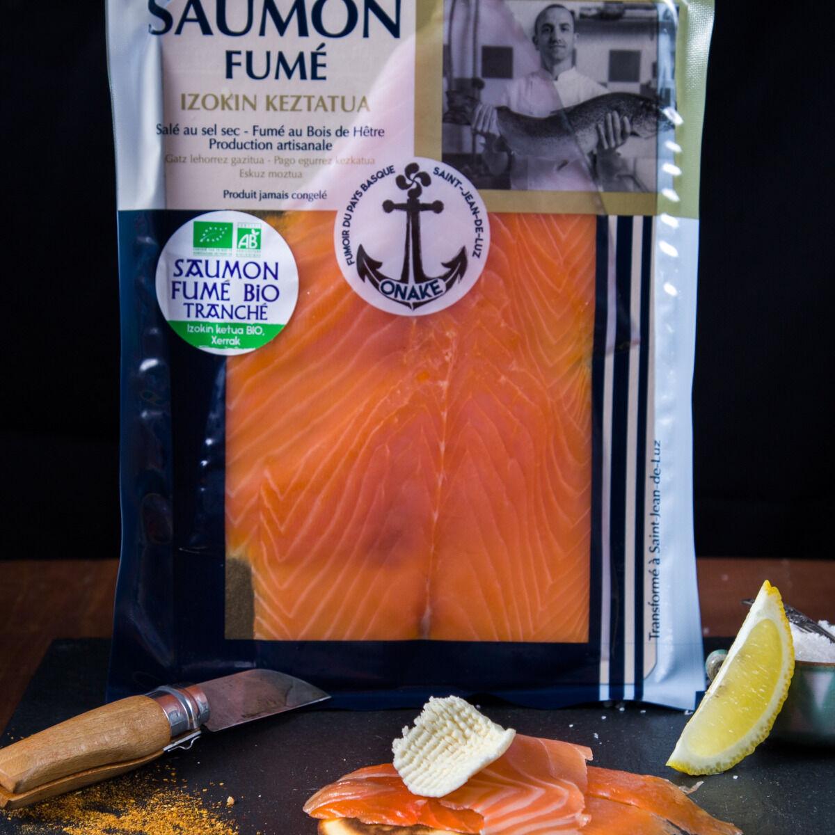ONAKE - Le Fumoir du Pays Basque Tranches de Saumon Bio Irlandais, Fumé au Bois de Hêtre, Au Piment d'Espelette - 4 Pers