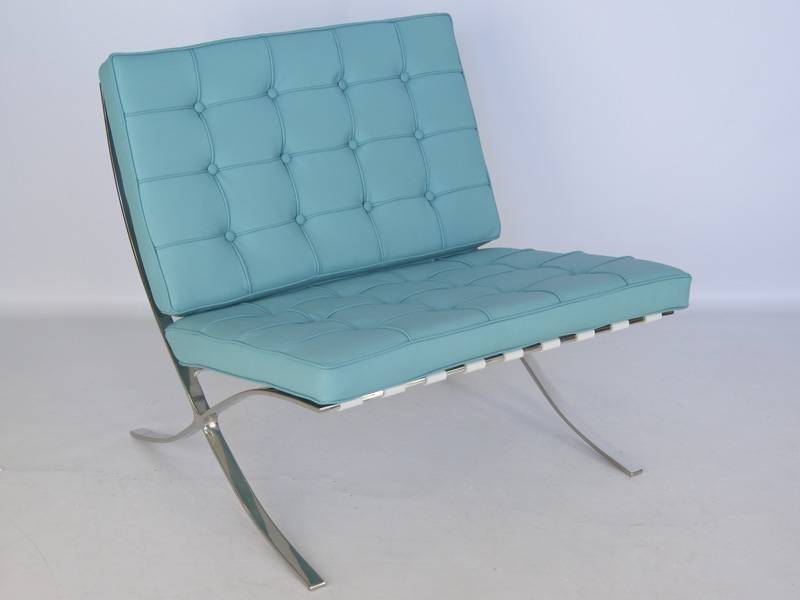 Famous Design Chaise Barcelona - Bleu ciel
