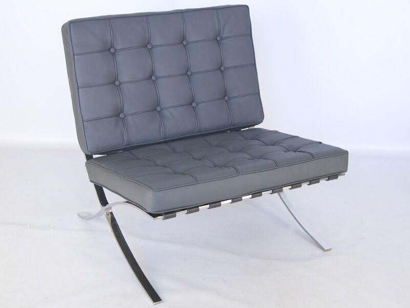 Famous Design Chaise Barcelona - Gris