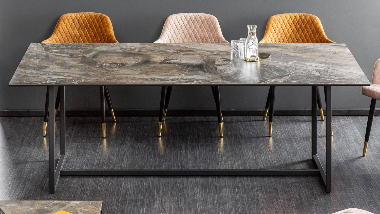 gdegdesign Table à manger design pierre foncée piétement noir 200 cm - Baldo