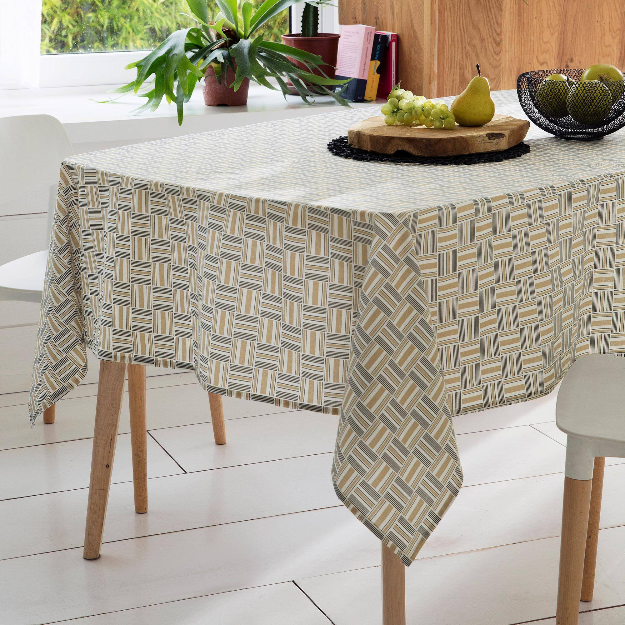Linnea Nappe carrée 170x170 cm GRAPHIC beige 100% coton + enduction acrylique