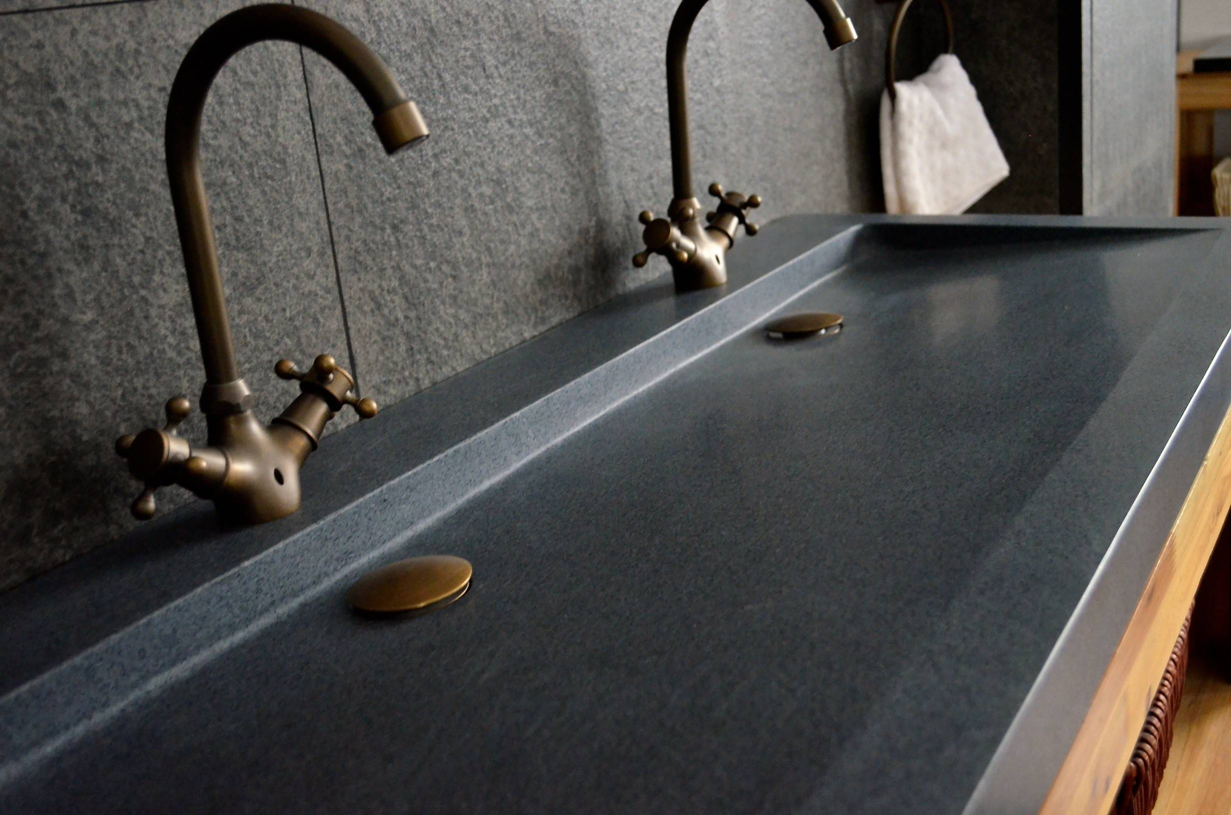 LivingRoc Double vasque en pierre à poser 120x50 Granit YATE