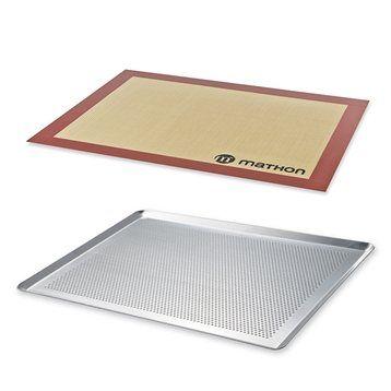 Lot Plaque à pâtisserie perforée 40 cm et tapis de cuisson pro Mathon