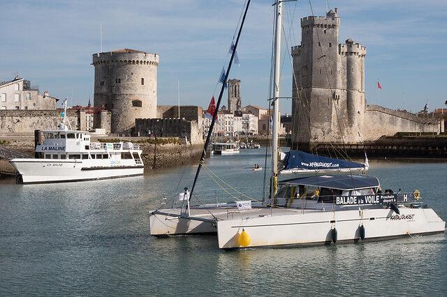 Wonderbox Coffret cadeau Balade en catamaran au coucher du soleil à la Rochelle - Wonderbox