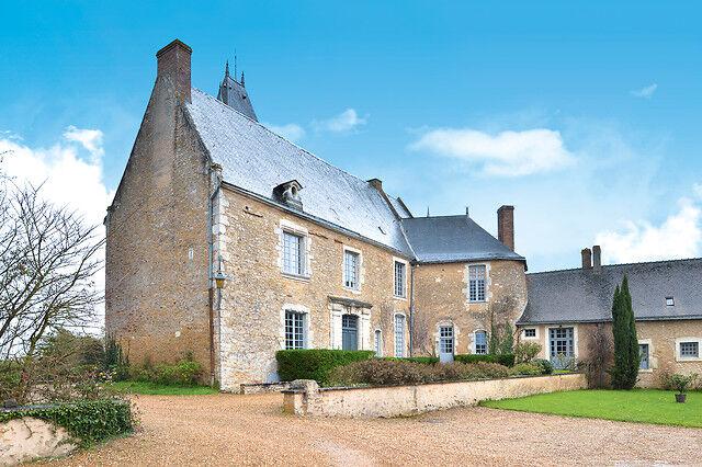 Wonderbox Coffret cadeau Séjour d'exception en château au cur de la Vallée de la Sarthe en suite avec diner et accès spa - Wonderbox