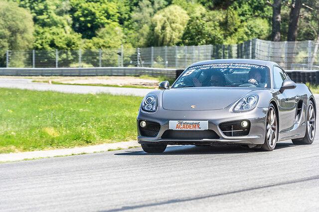 Wonderbox Coffret cadeau Stage de pilotage Porsche - Circuit de Fay-de-Bretagne - Proche Nantes (44) - Wonderbox