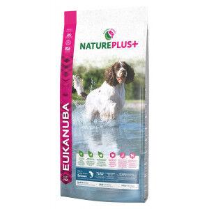 Eukanuba NaturePlus+ Adult Medium Breed au saumon frais pour chien 2 x 10 kg