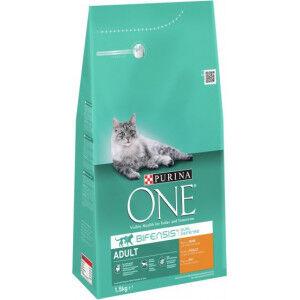 Purina One Adulte Poulet céréales complètes pour chat 2 x 3 kg + 2 x Purina One Pouch Adult Poulet