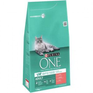 Purina One Adulte Saumon céréales complètes pour chat 2 x 3 kg + 2 x Purina One Pouch Adult Poulet