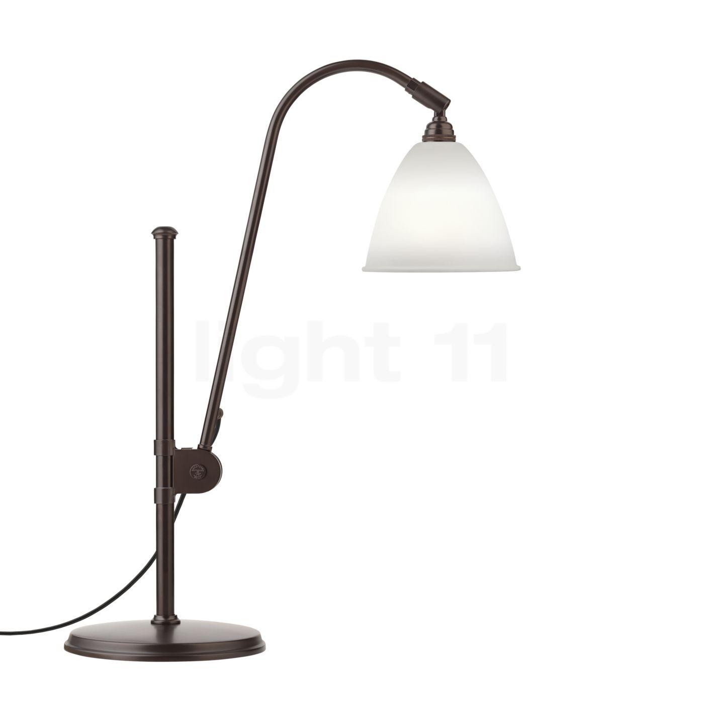 Gubi BL1 Lampe de table laiton noir, porcelaine à la cendre d'os