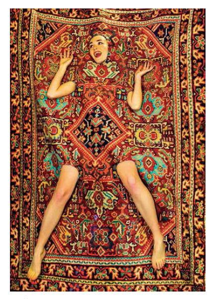 SELETTI wears TOILETPAPER tapis RECTANGULAR RUG (Lady on carpet - Polyester et coton)