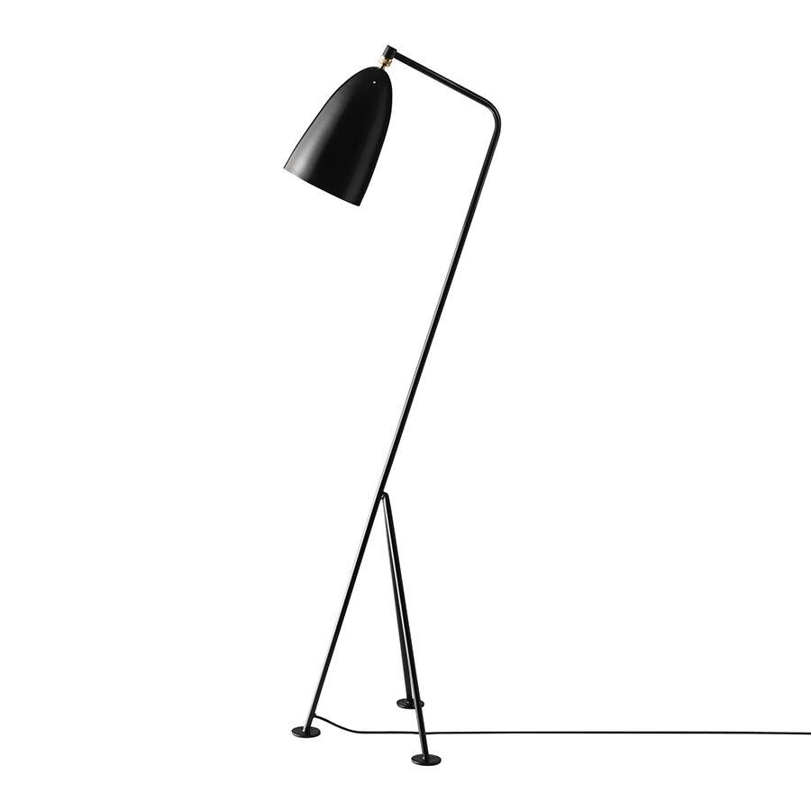 GUBI lampadaire GRÄSHOPPA Grashoppa (Jet-black - Métal)