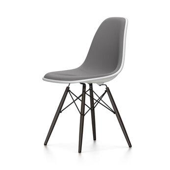 VITRA chaise rembourrage total et piètement noir Eames Plastic Side Chair DSW NOUVELLES DIMENSIONS (Blanc, coussin bleu glace/marron marécage - [...]