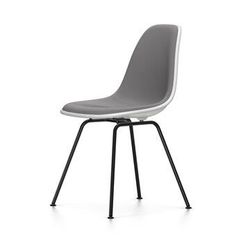 VITRA chaise rembourrage total et piètement noir Eames Plastic Side Chair DSX NOUVELLES DIMENSIONS (Blanc, coussin bleu glace/marron marécage - [...]