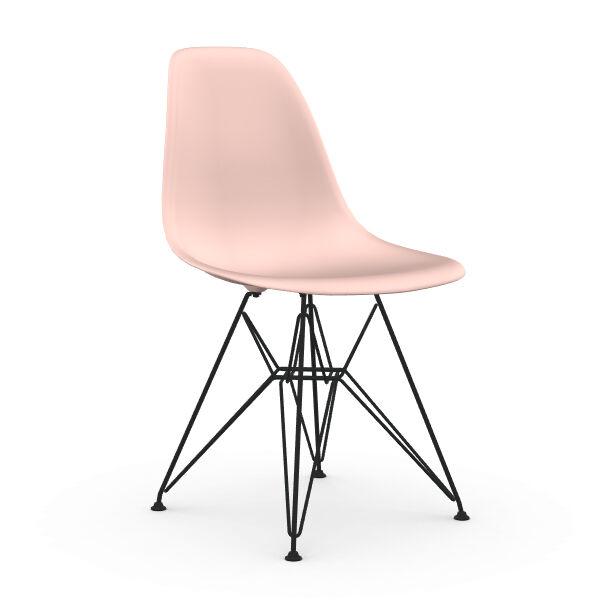 VITRA chaise avec piètement noir Eames Plastic Side Chair DSR NOUVELLES DIMENSIONS (Rose clair - Acier verni / Polypropylène)