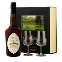 Christian Drouin Calvados Christian Drouin VSOP coffret cadeau 2 verres - Coffret bouteille 70cl + 2 verres <br /><b>71.5 EUR</b> BienManger.com