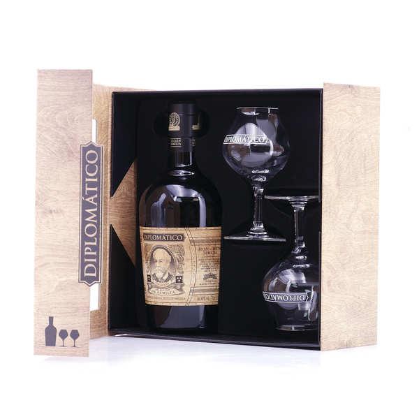 Destilerias Unidas Coffret Rhum Diplomatico seleccion de la familia et 2 verres à rhum - 43° - Bouteille 70cl + 2 verres