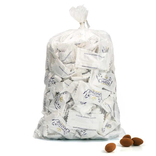Maison de la Chatine Chatines cacao en emballage individuel (amandes enrobées de chocolat) - Carton de 1000 chatines