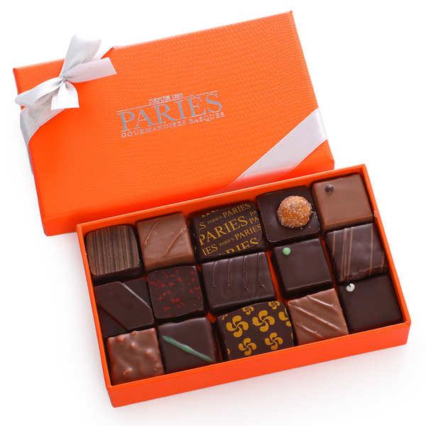 Maison Pariès Coffret Paries de 18 chocolats ganaches frais - 3 coffrets (140g chacun)