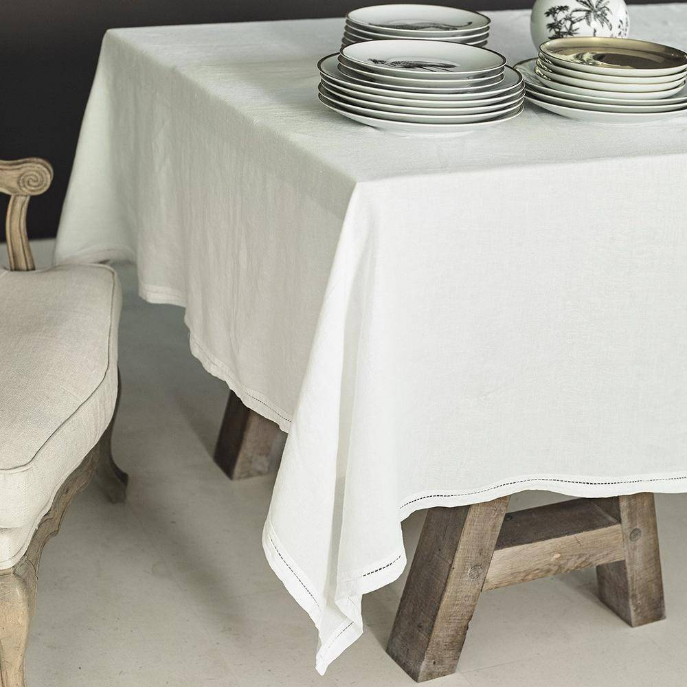 Lo de Manuela BASES DE LA TABLE - Nappe  Lin pur lavé Ivoire 180x300