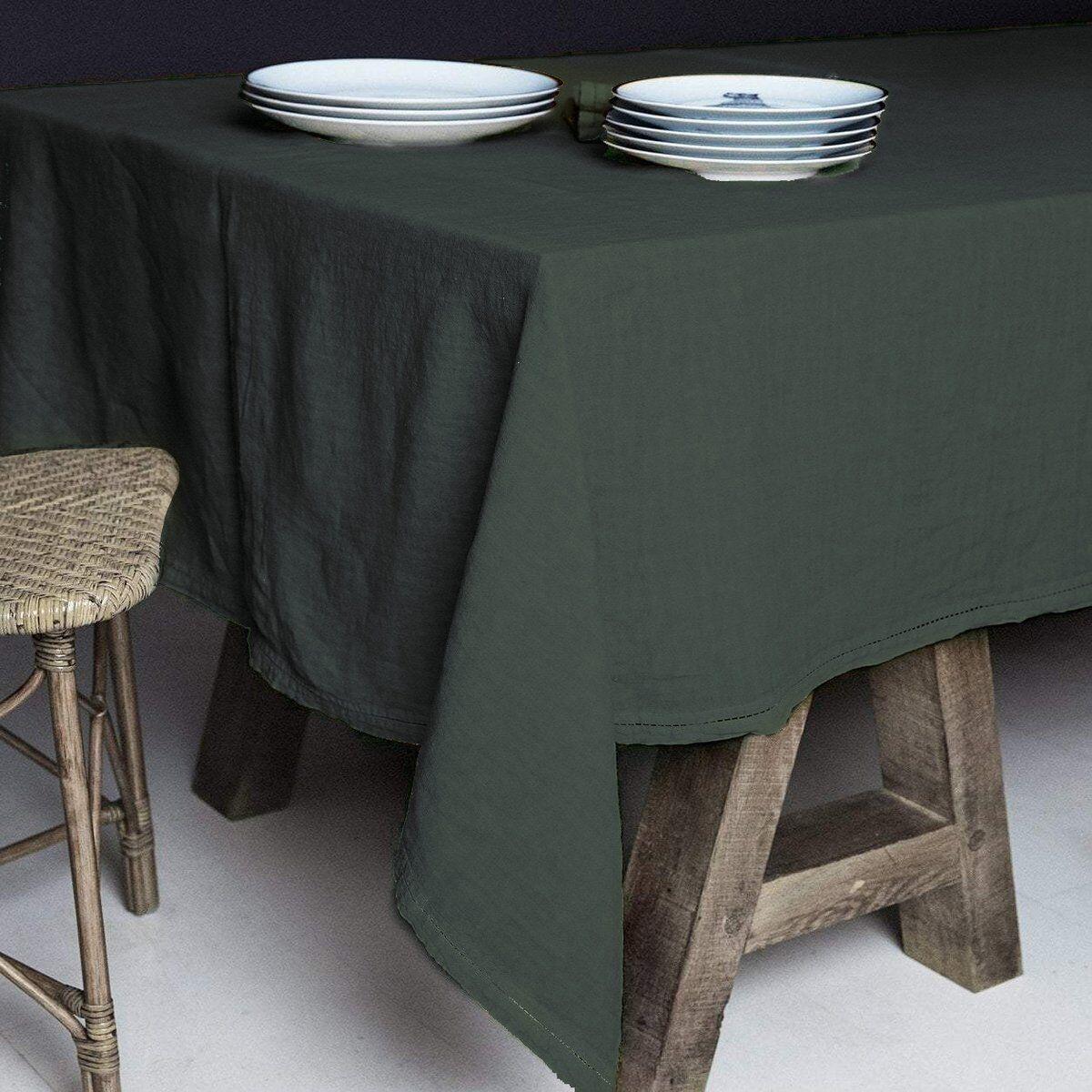 Lo de Manuela BASES DE LA TABLE - Nappe  Lin pur lavé Vert anglais 160x250