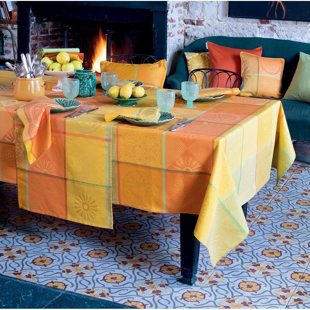 Garnier Thiebaut Nappe carrée  pur coton  Orange 155x155