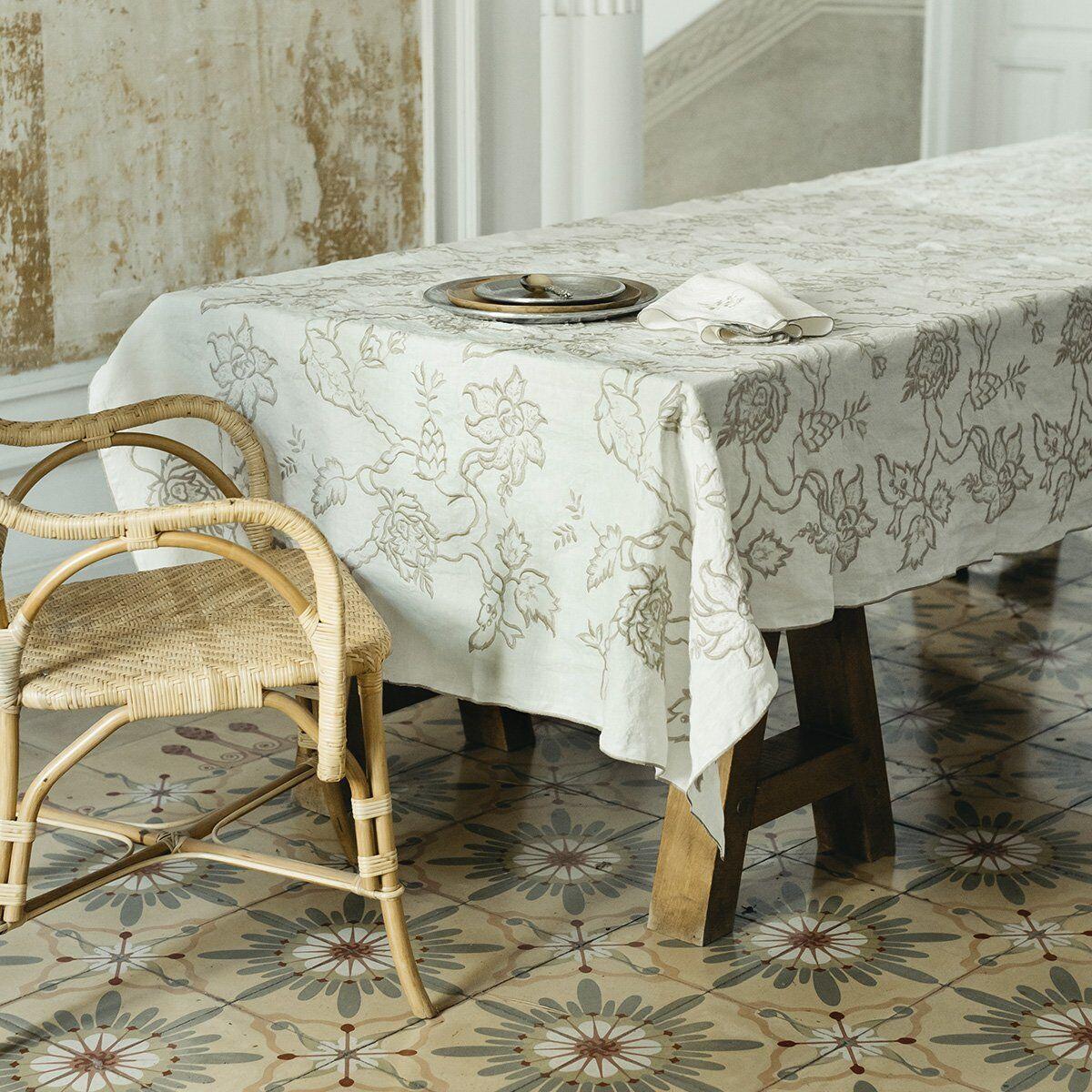 Lo de Manuela Nappe brodée lin pur lavé cachemir blanc 170x250 cm