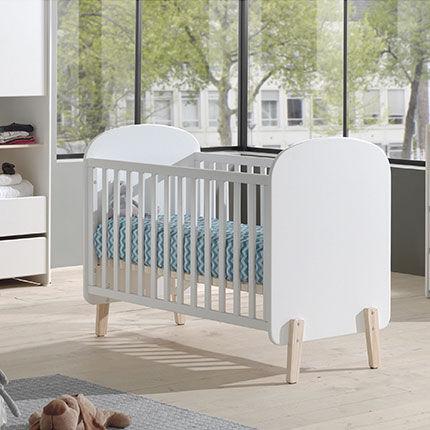 Maisonetstyles Lit bébé 60x120 cm + commode et plan à langer + armoire en pin blanc - KIDLY