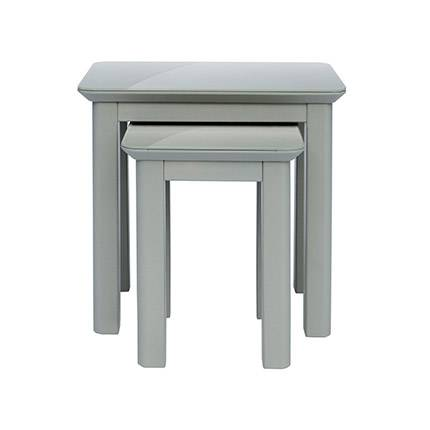 Maisonetstyles Lot de 2 tables grises avec plateaux en verre - SARLA