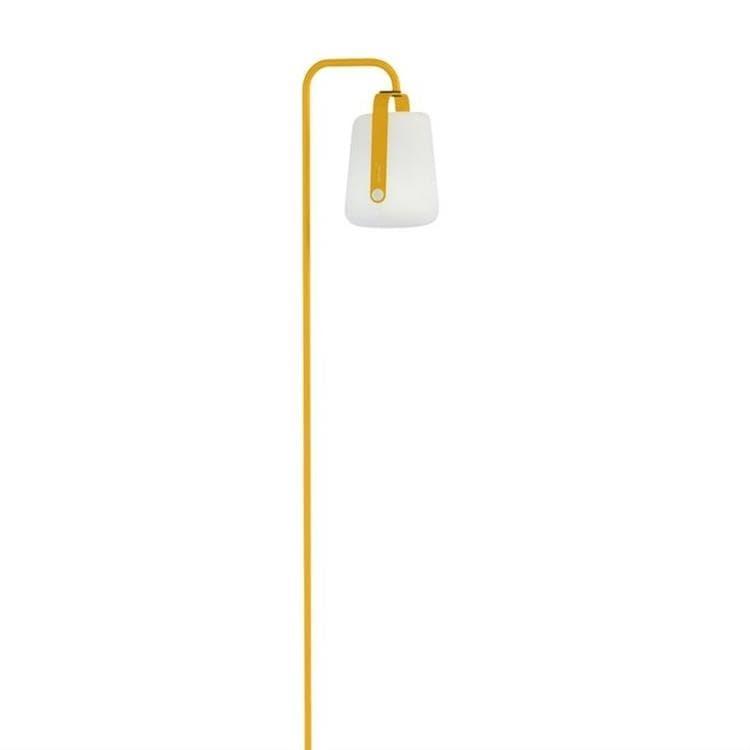 Fermob Lampadaire extérieur Fermob BALAD-Lampe nomade LED d'extérieur avec pied à planter H159cm Jaune